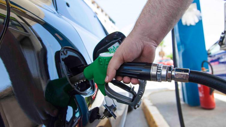 Kada će naftaši uskladiti cijene goriva sa svjetskim
