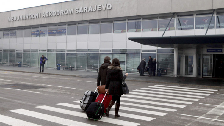Sarajevski Aerodrom Reducirani Letovi Postavljena Termalna Kamera