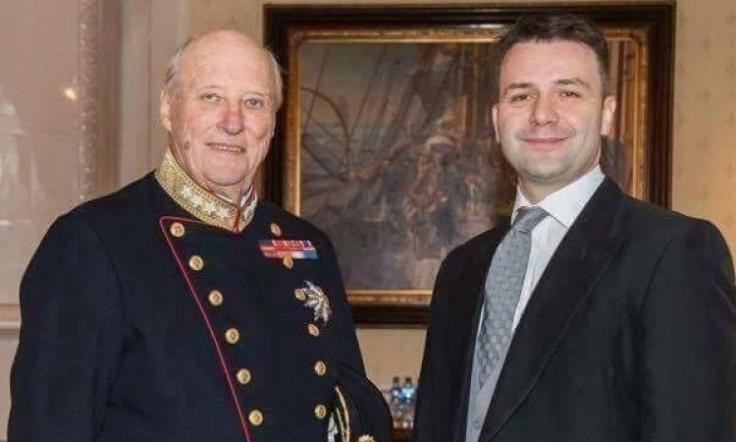 Ambasador Makarević s norveškim kraljem Haraldom V.