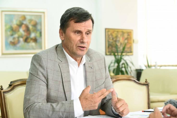 Novalić: Ovo nije šala