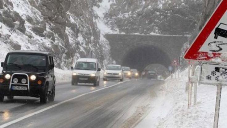 I danas snijeg na putevima