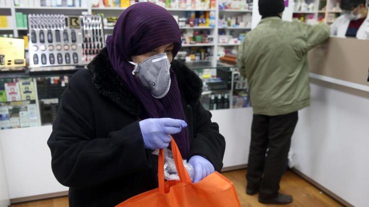 Dužnosnici se žale da mnogi Iranci zanemaruju pozive da ostanu kod kuće
