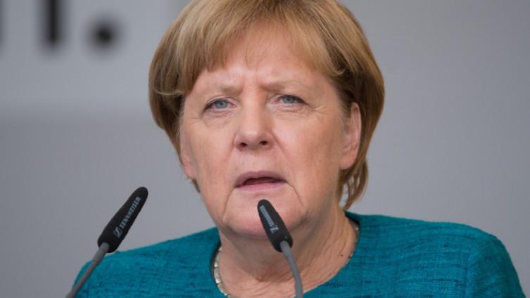 Merkel: Radi od kuće