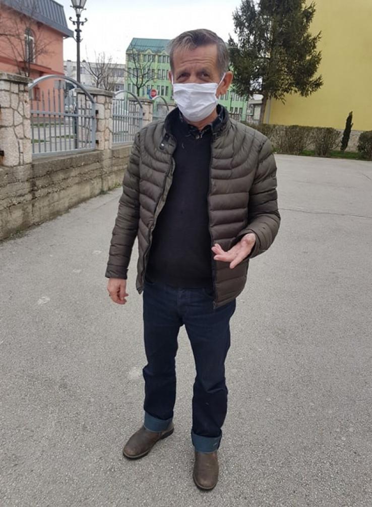 Cicko: Pomaže prijateljima - Avaz, Dnevni avaz, avaz.ba