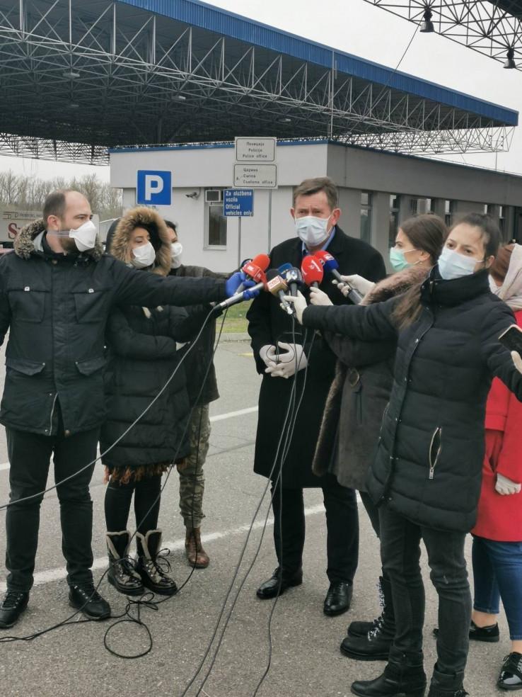 Ministar komunikacija i prometa BiH Vojin Mitrović obišao granični prijelaz Rača