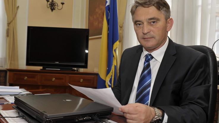 Član Predsjedništva BiH: Mora se pomoći ljudima u Konjicu, Banja Luci - Avaz, Dnevni avaz, avaz.ba