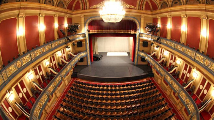 Pozorište se seli na internet