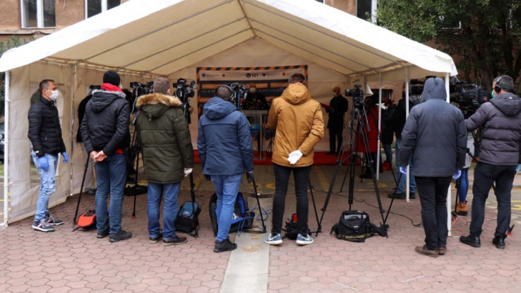 Apel osobama koje su bile u kontaktu sa zaraženima da se jave ljekaru - Avaz, Dnevni avaz, avaz.ba