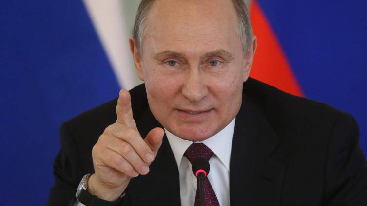 Putin: Rukovao se sa zaraženim ljekarom