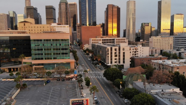 Los Anđeles: U drugoj fazi bi moglo početi otvaranje škola, univerziteta i firmi - Avaz, Dnevni avaz, avaz.ba