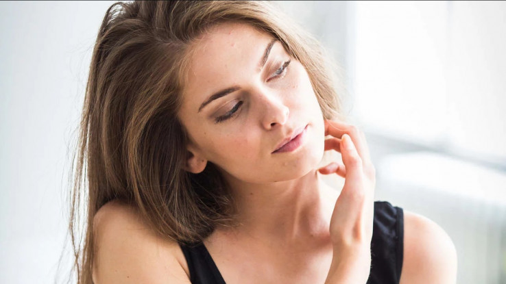 Neka su istraživanja pokazala da kontakt kože na kožu rezultira oslobađanje hormona oksitocin - Avaz, Dnevni avaz, avaz.ba