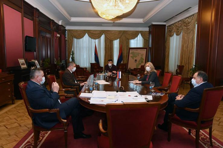 Glavni koordinacioni tim - Avaz, Dnevni avaz, avaz.ba