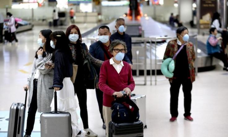 Sveukupno je pod ljekarskim nadzorom u kontinentalnoj Kini 705 osoba koje ne pokazuju simptome zaraze