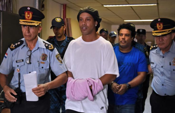 Ronaldinjo s bratom izašao iz zatvora