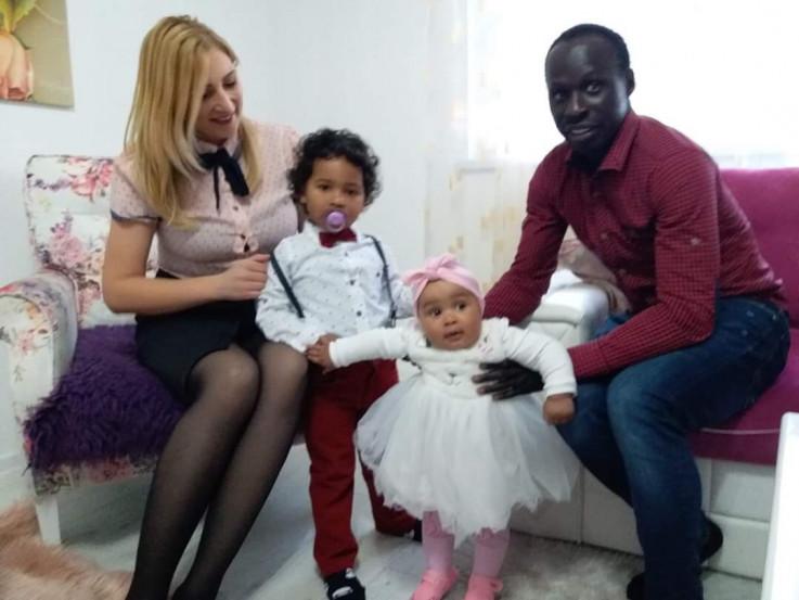 Porodica Diabang: Poštuju mjere prevencije