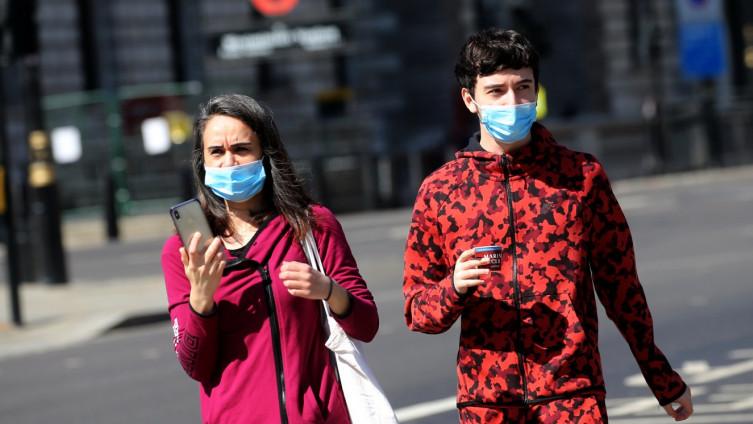 Britanska vlada ima cilj do kraja aprila dnevno testirati 100 hiljada ljudi