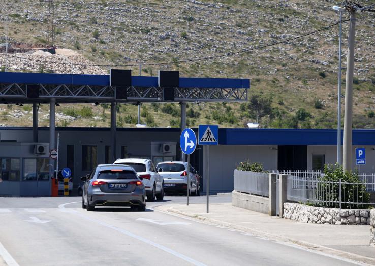 Na graničnim prijelazima nema dužih zadržavanja