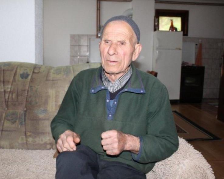 Dedo Tifan i dalje posti - Avaz, Dnevni avaz, avaz.ba