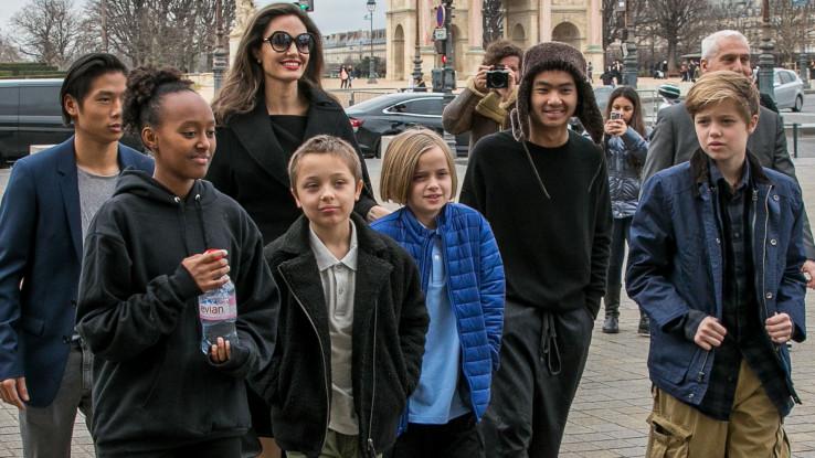 Džoli sa djecom: Sjeća se dana kada je odlučila postati roditelj