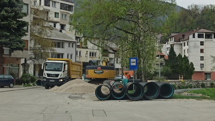 U toku i rekonstrukcija ulice