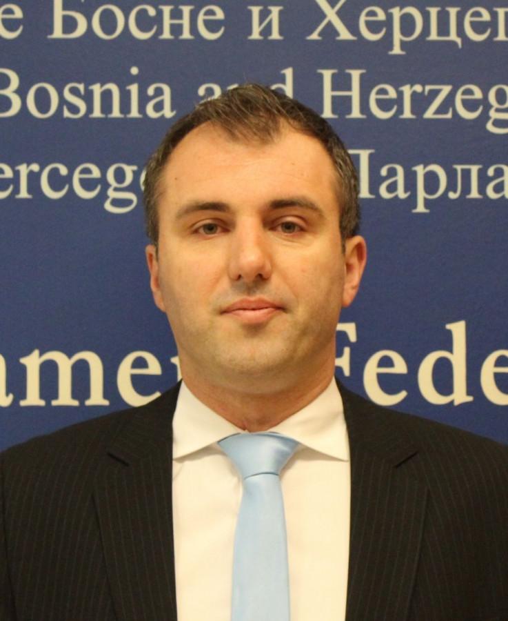 Stojanović: Konakovićev vjenčani kum