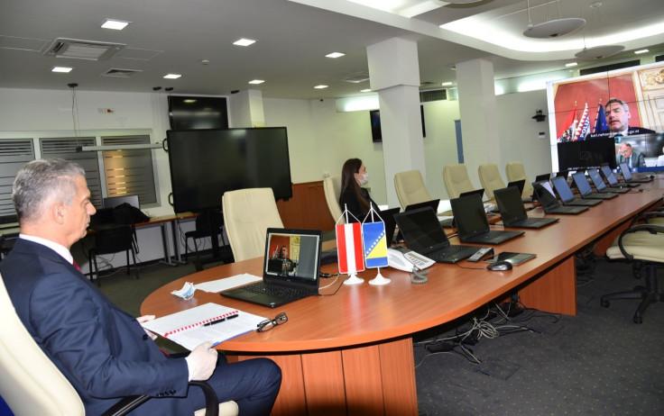 Ministar Radončić razgovarao s ministrom unutrašnjih poslova Austrije Karlom Nehamerom