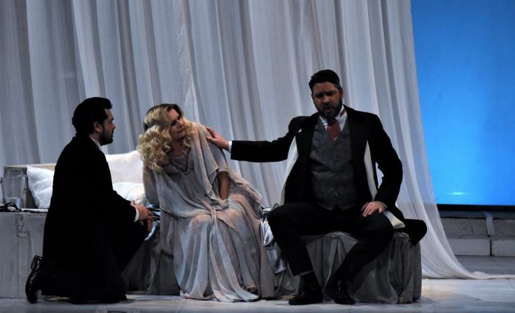 Čorbadžić sa kolegama na sceni: Opera La traviata