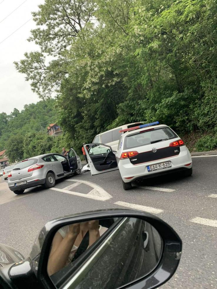 Policija stigla na mjesto sudara