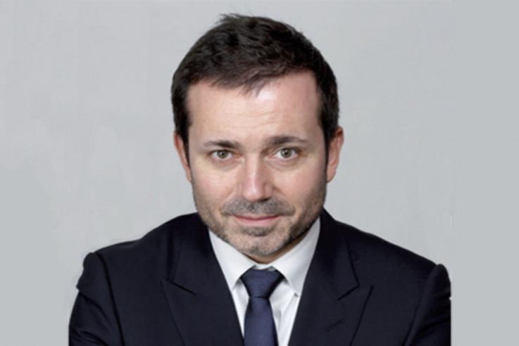 Stefan Distangan - Avaz, Dnevni avaz, avaz.ba