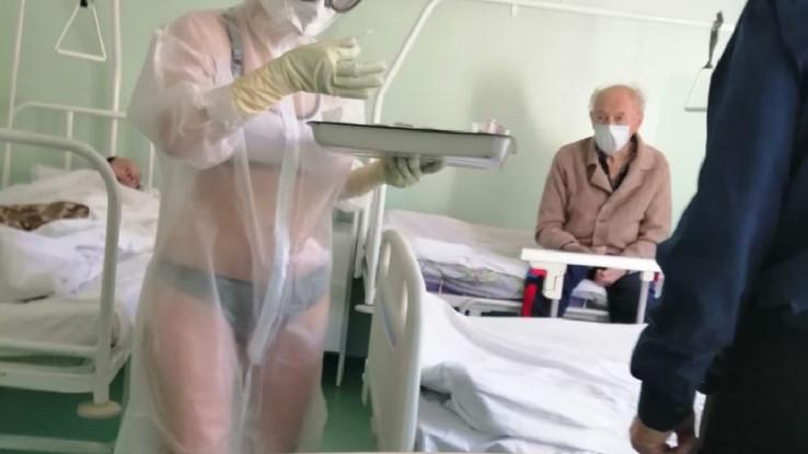 Medicinska sestra izazvala dosta pažnje na internetu
