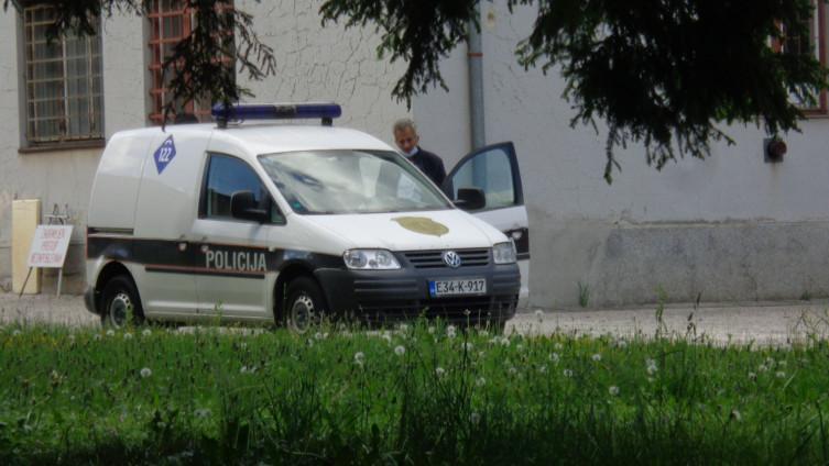 Policija izuzela i poslovnu odokumentaciju