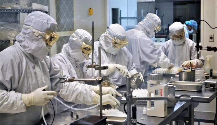 Mnogi vjeruju da je virus napravljen i pušten iz laboratorije u Vuhanu
