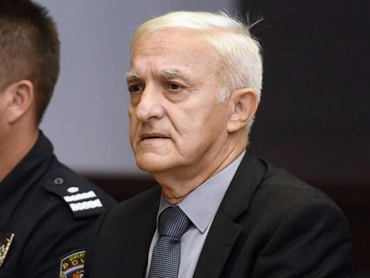 Vasiljković je na Balkanu poznatiji kao Kapetan Dragan