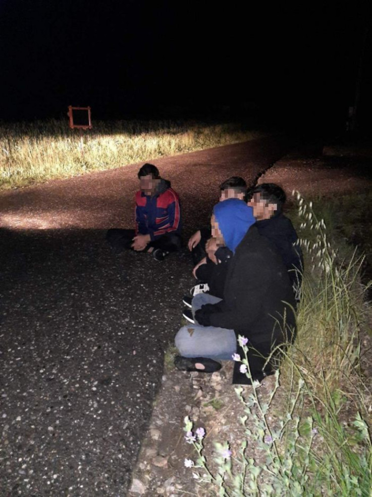Krijumčareni migranti privedeni u službene prostorije JGP Zvornik