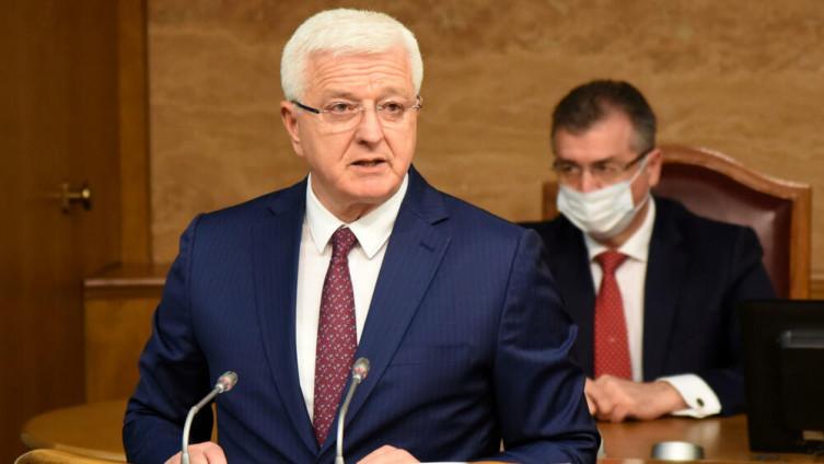 Marković odgovarao je danas u Skupštini Crne Gore na pitanja poslanika