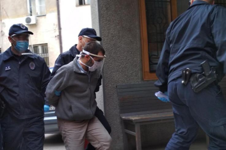 Ninoslav Jovanović u pratnji policije