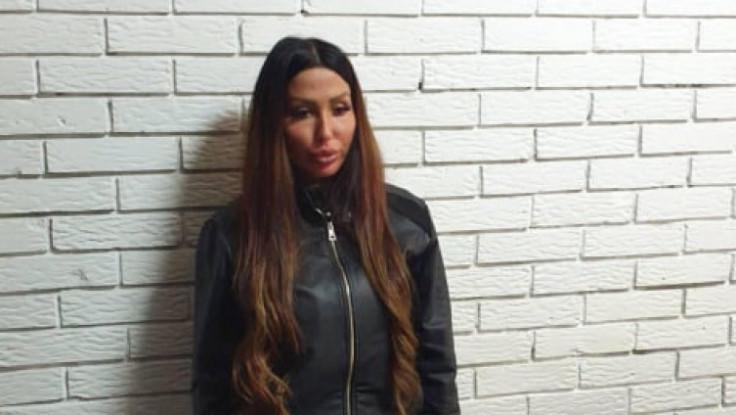 Tijana Ajfon u policijskoj stanici