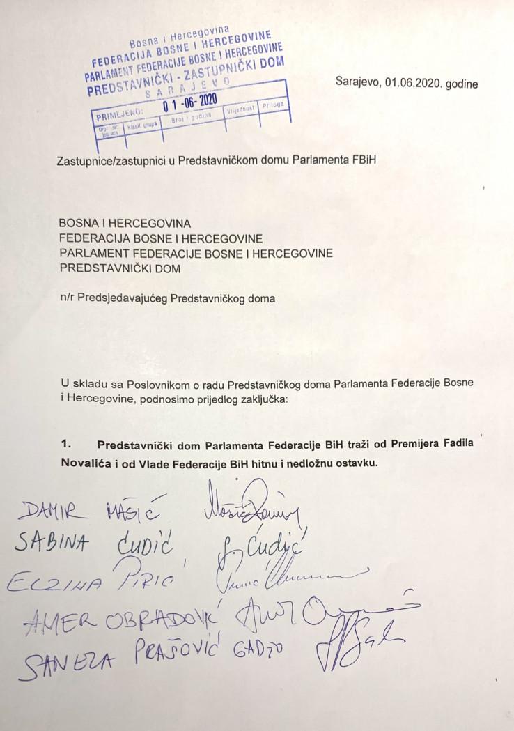 Traži se ostavka premijera Novalića i Vlade FBiH