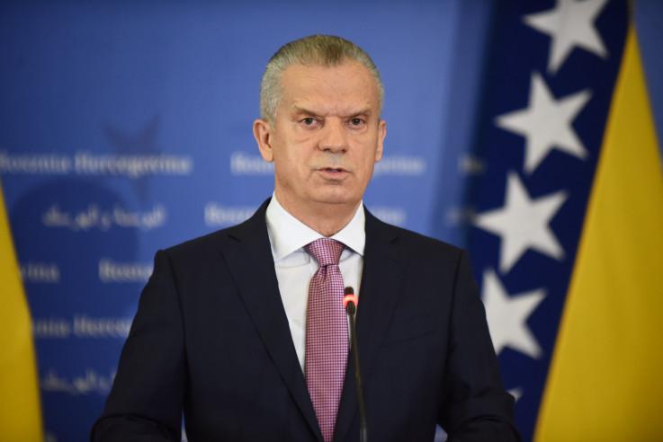 Radončić: Šef države je stao na stranu ambasadora