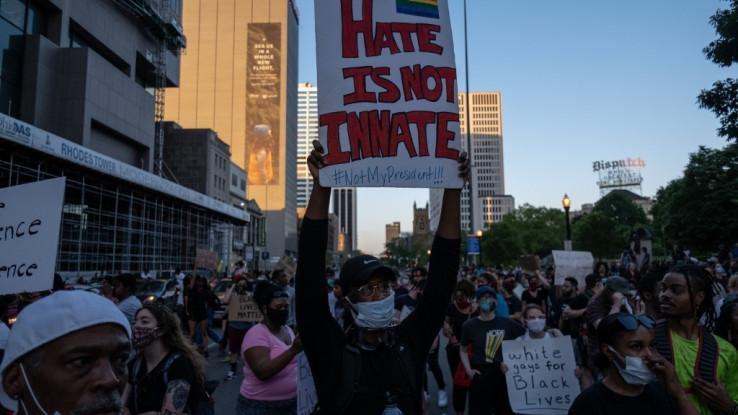 Njujork i drugi gradovi spremaju se za još jednu napetu noć