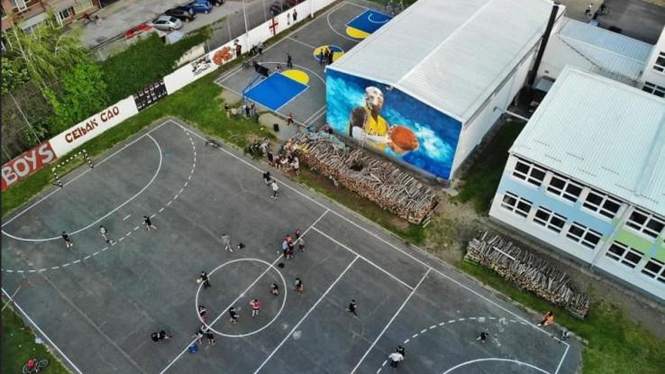 Ofarbani su i školski tereni