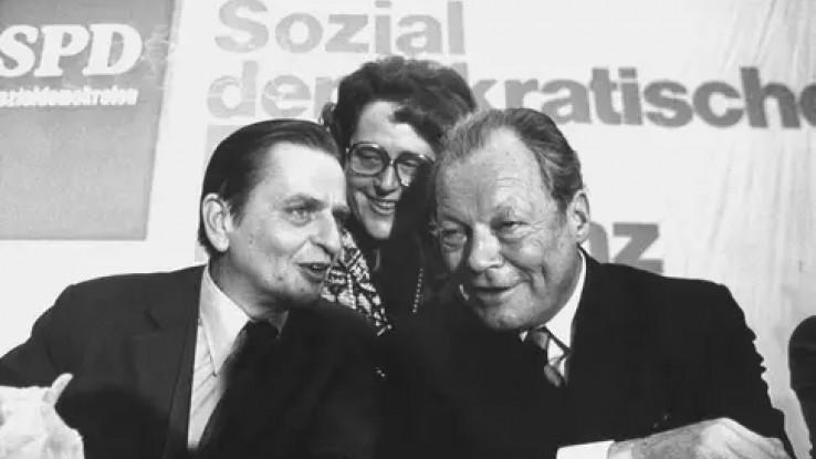 Olof Palme (lijevo)