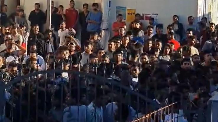 Migranti se pobunili - Avaz, Dnevni avaz, avaz.ba