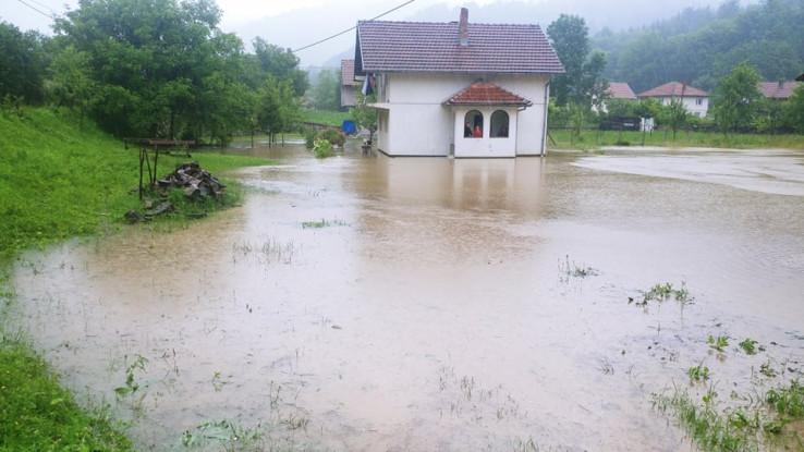 Mještani u strahu - Avaz, Dnevni avaz, avaz.ba