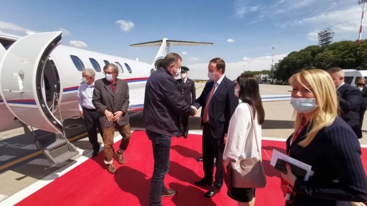 Dodik danas prisustvuje Paradi pobjede u Moskvi