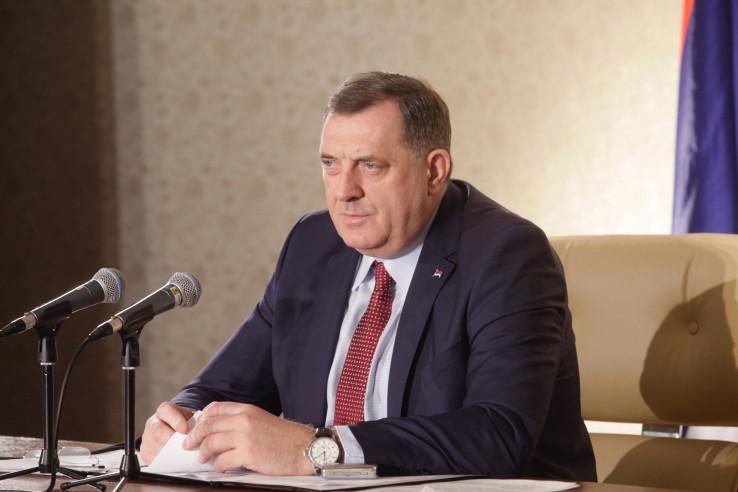 Dodik: Tema razgovora trebalo bi da budu i lokalni izbori