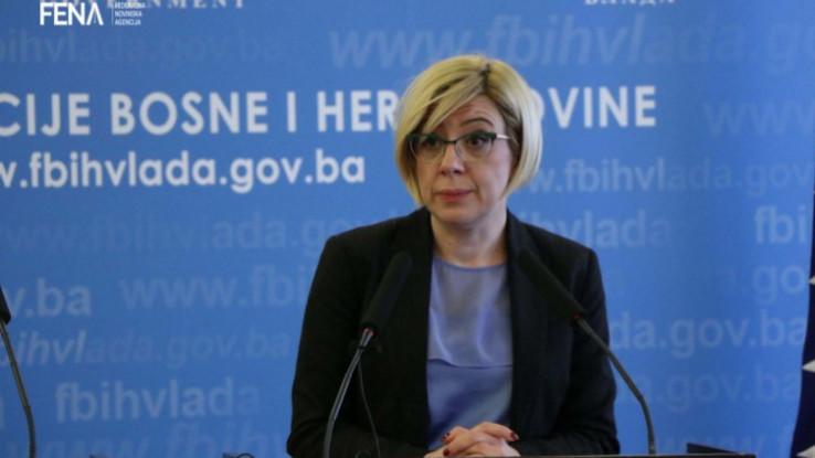 Edita Đapo - Avaz, Dnevni avaz, avaz.ba