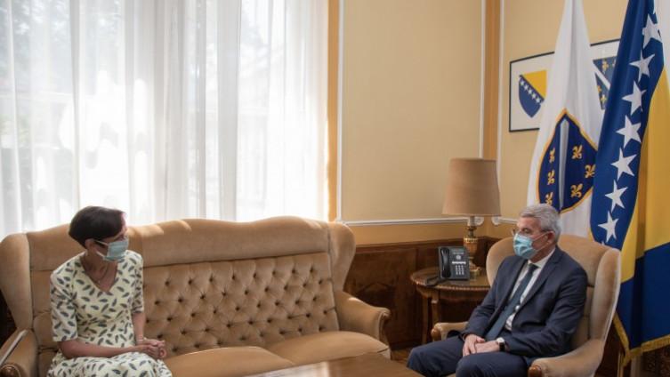 Sa sastanka: Najviši zvaničnici Njemačke učestvovat će u obilježavanju godišnjice genocida u Srebrenici