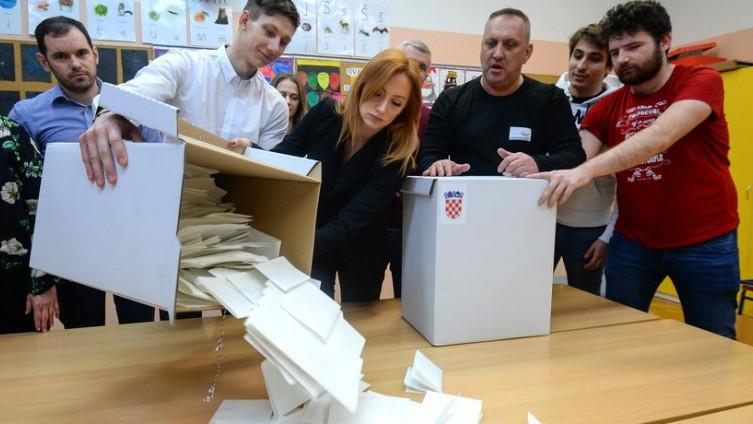 Pravo glasa ima 3.860.000 hrvatskih birača