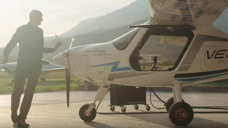 """Avion na baterije, """"Pipistrel Velis Electro"""", mali dvosed, namijenjen je za obuku pilota."""